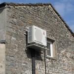 Wall mounted heat pump